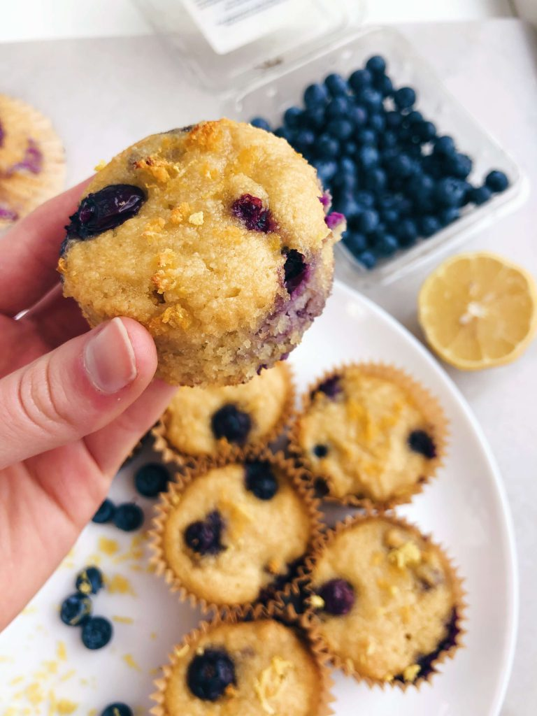 Healthy Lemon Blueberry Muffins! Made with only best ingredients but still bursting with flavor! #healthymuffins #cleaneating #healthybreakfast | www.jillzguerin.com