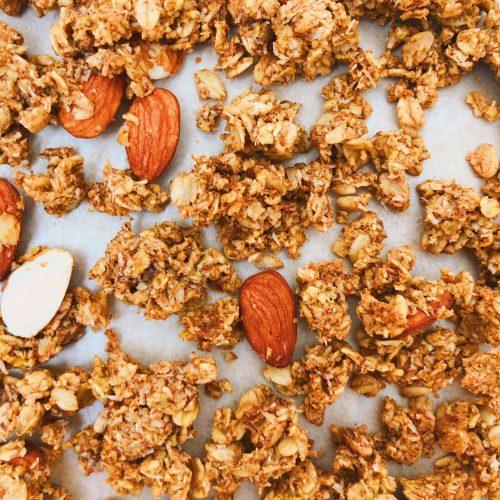 Healthy Pumpkin Granola: A gluten-free granola filled with delicious fall flavors! #healthygranola #pumpkin | www.jillzguerin.com