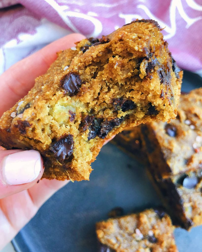 Sweet Potato Chocolate Chip Blondies: A deliciously soft and fudgy blondie, made with healthy, wholesome ingredients! #healthyblondies #glutenfree | www.jillzguerin.com
