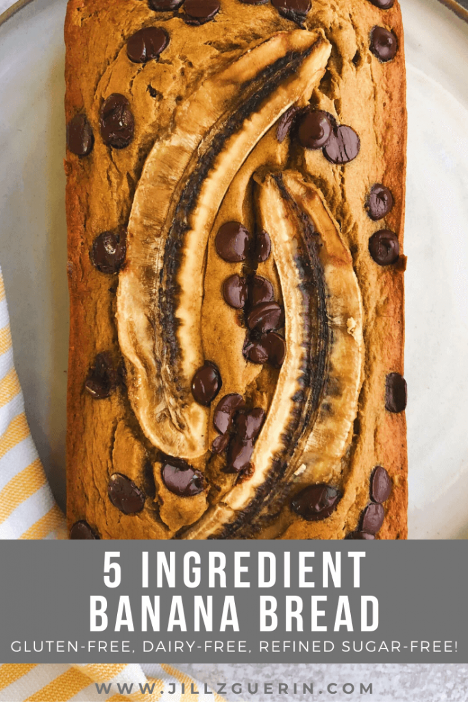 5 Ingredient Banana Bread: The easiest banana bread ever! And made only simple clean ingredients. #bananabread #healthybananabread | www.jillzguerin.com