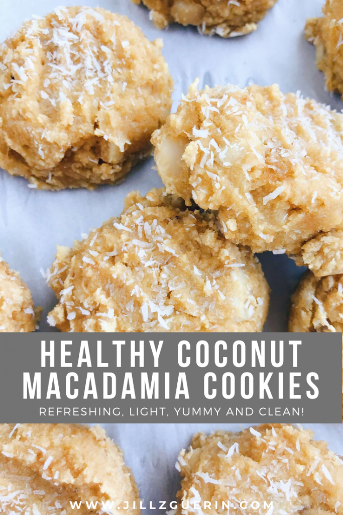 Healthy Coconut Macadamia Cookies: refreshing and light and only made with healthy, clean ingredients. #healthydessert #glutenfreecookies | www.jillzguerin.com