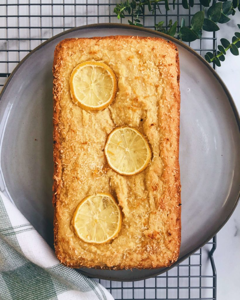 Healthy Lemon Loaf: A yummy lemon loaf made with only clean, healthy ingredients. #lemonbread #lemonrecipe | www.jillzguerin.com