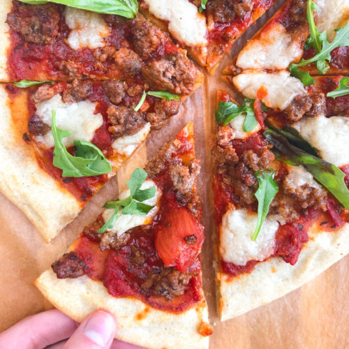 Gluten-Free Cassava Flatbread: Happiness in a slice! These flatbreads are made with only a few healthy ingredients and are so delicious! #healthypizza #glutenfree | www.jillzguerin.com