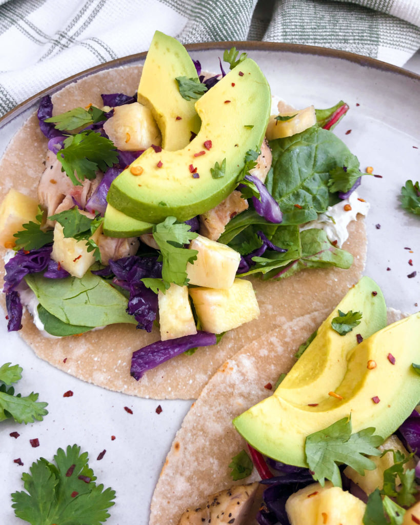 Pineapple Chicken Tacos: These tacos are nutritious, easy to make, and so perfect for those hot summer months! #healthytacos #healthymeal | www.jillzguerin.com